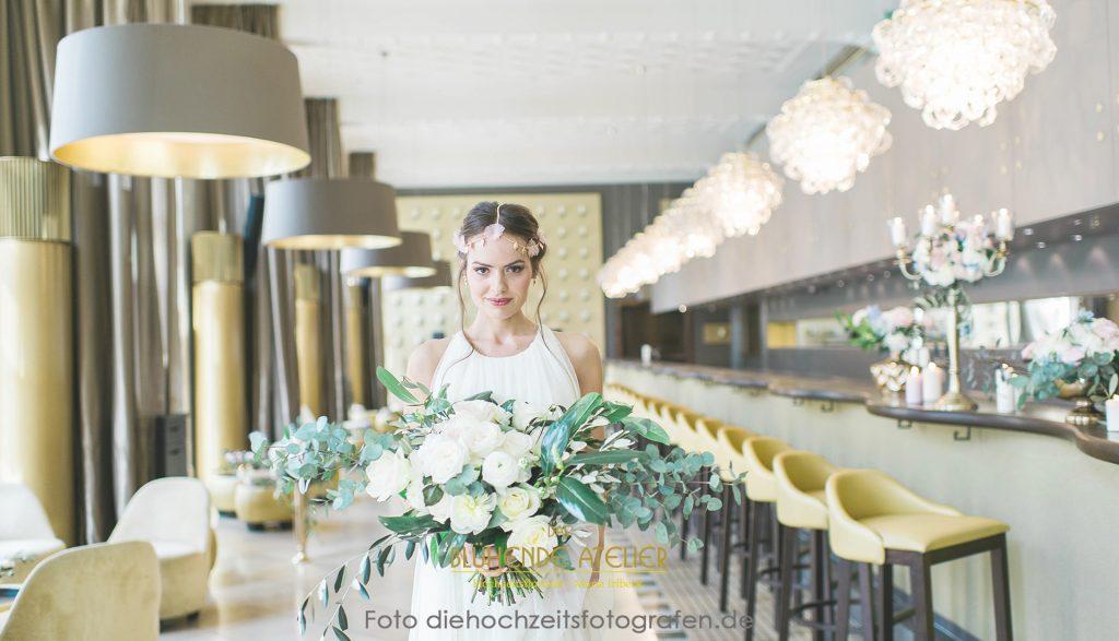 Lenbach München, Hochzeitsdekoration, Tischdekoration, Brautstrauß, Dekorationskonzepte, Das blühende Atelier