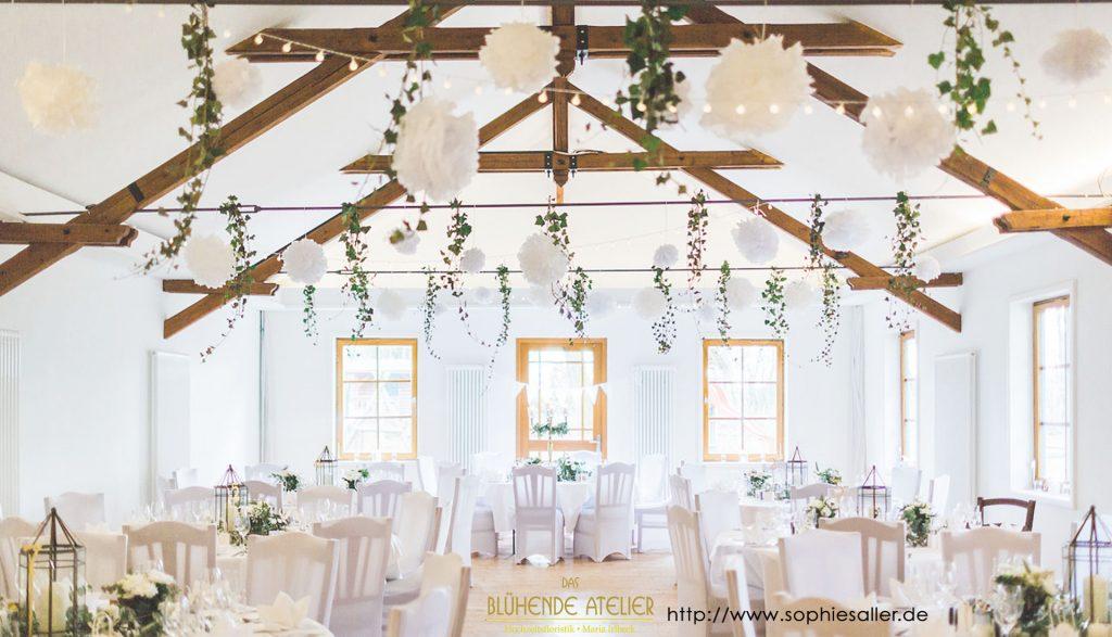 Waldhaus zur alten Tram, Hochzeitsdekoration, Tischdekoration, Brautstrauß, Dekorationskonzepte