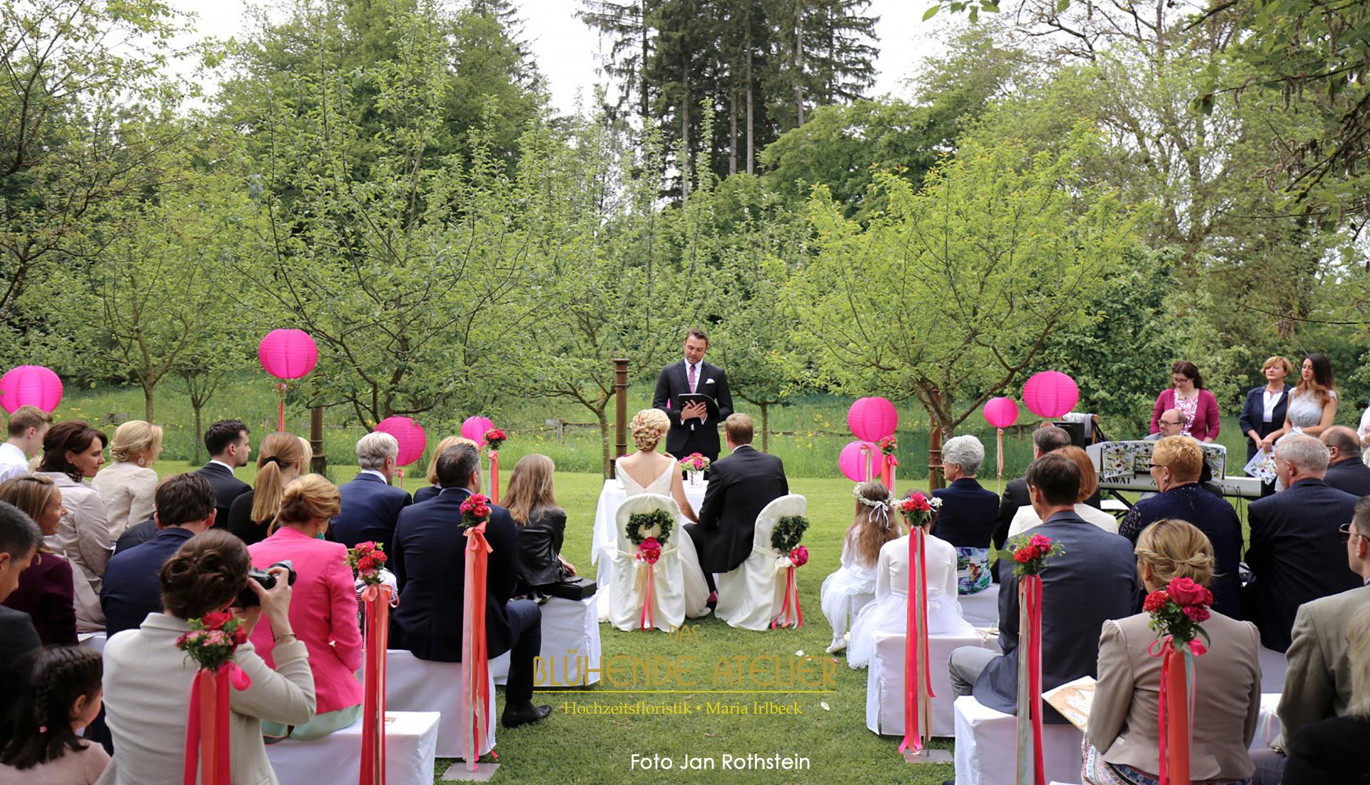 Hochzeit in der maisenburg bei stuttgart dekoration in for Dekoration hochzeit stuttgart
