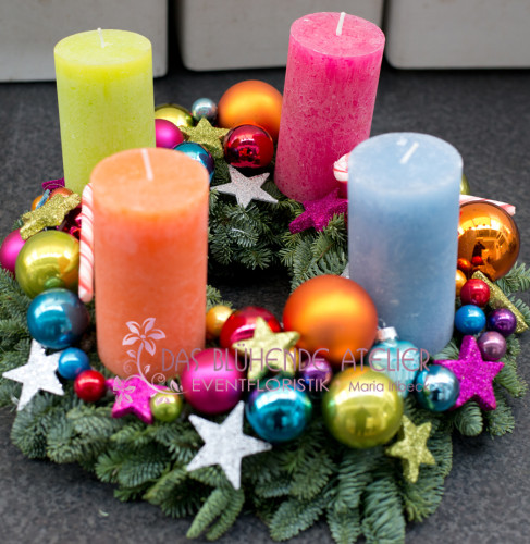 Adventskranz bunt