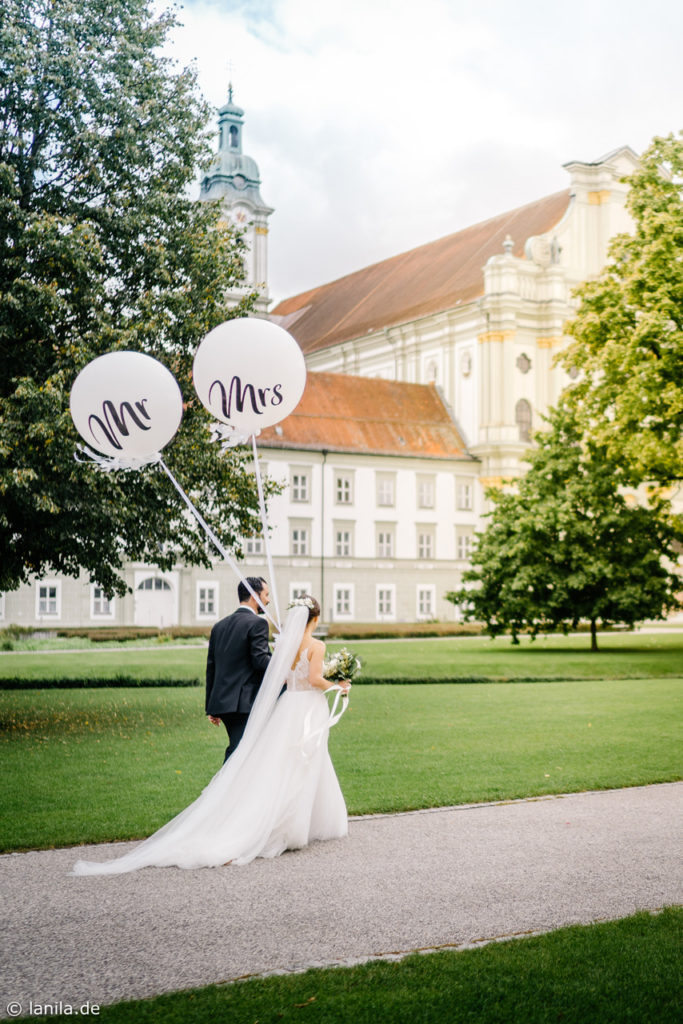 Fürstenfelder Kloster, Hochzeitsdekoration, Tischdeko, Brautstrauß