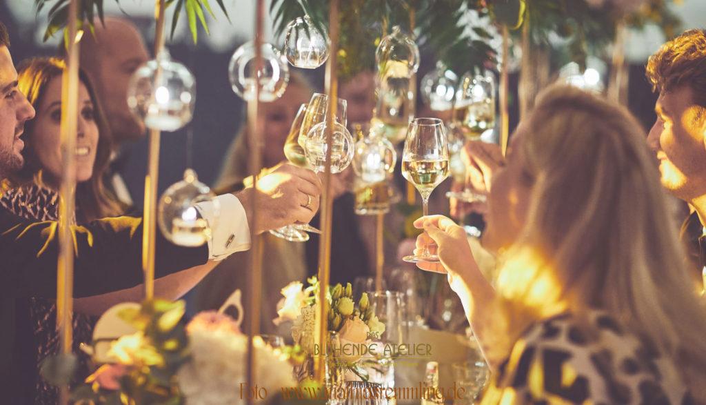 Hochzeit, Lenbach München, Tischdekoration, Gesamtkonzepte, Das blühende Atelier, Brautstrauß. Traumhochzeit